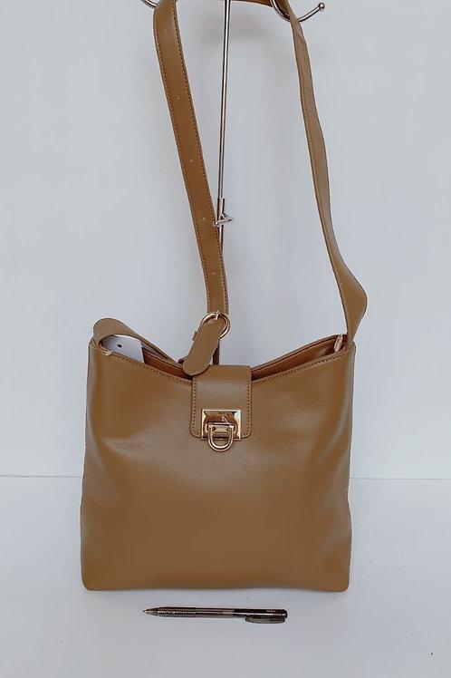1205 Handbag $15.00 Each