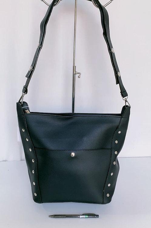 6803 Handbag $9.00 Each