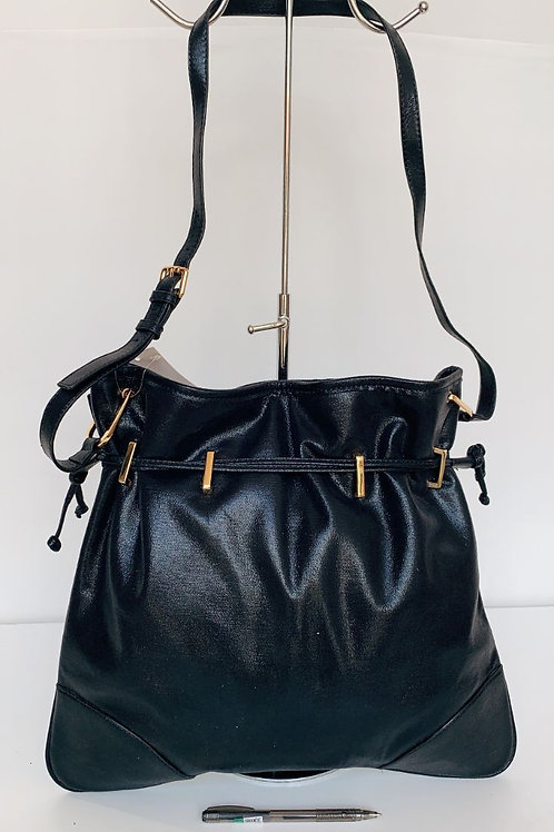 1021 Handbag $8.00 Each
