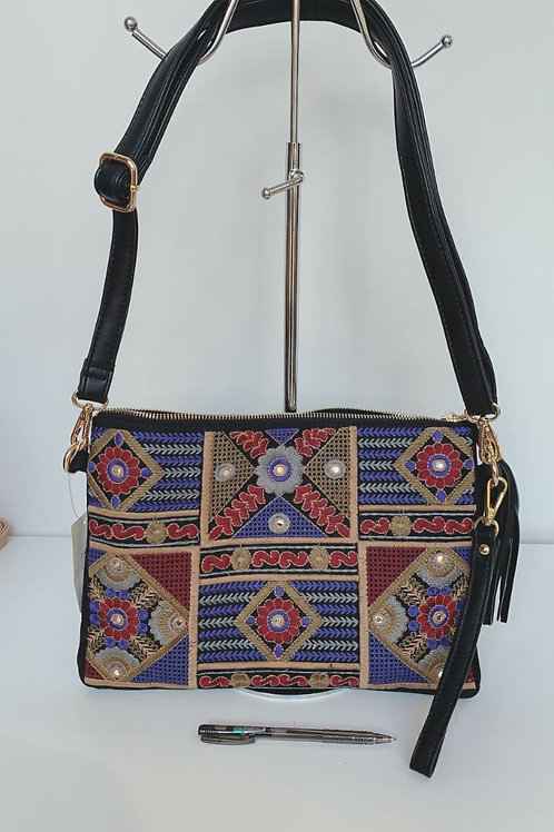 4105-A Handbag $9.00 Each