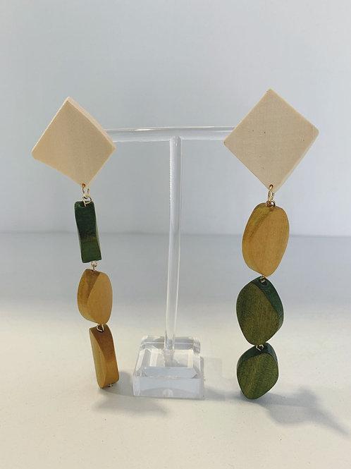 0031-1 Earrings $5.50 A Pair
