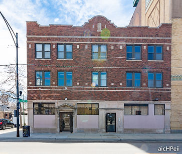 COMMERCIAL BUILDINGS FOR SALE IN CHICAGO - Dream Spots Real Estate - Voted one of the top Chicago real estate companies, we pride ourselves on providing premier service and experience.