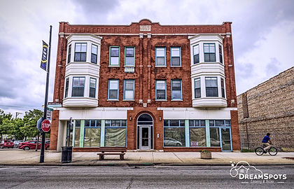 COMMERCIAL PROPERTIES FOR RENT IN CHICAGO - Dream Spots Real Estate - Voted one of the top Chicago real estate companies, we pride ourselves on providing premier service and experience.