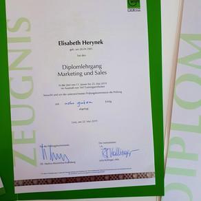 Geschafft ;) Diplom Marketing & Sales