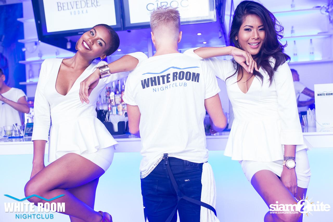 whiteroom-56