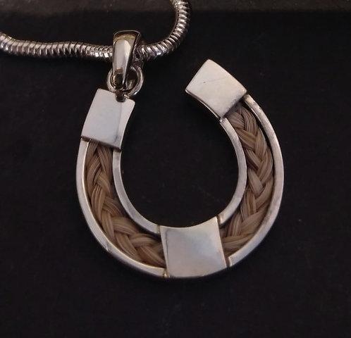 Horse Hair Necklace - Horse Shoe