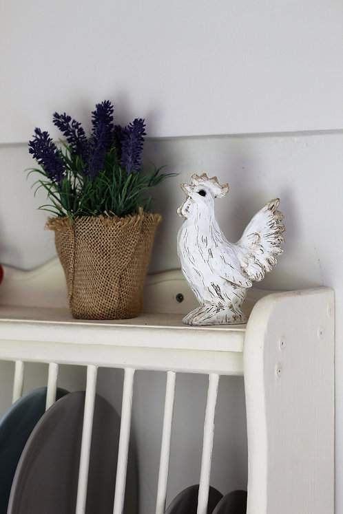 Chabby chic style chicken ornament, made from wood resin