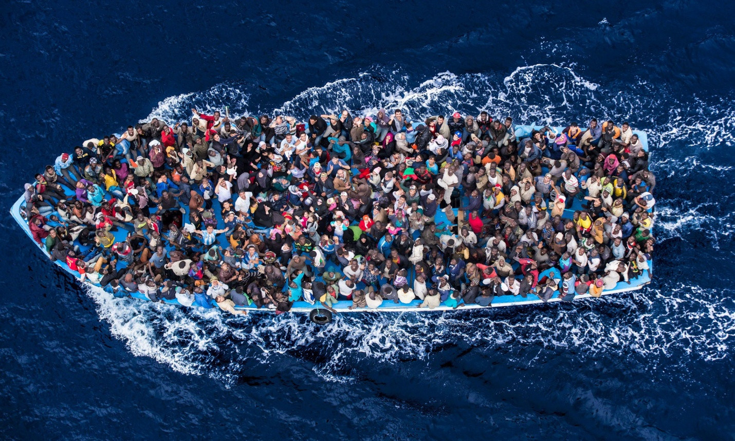 Africans-crossing-the-Mediterranean[1]