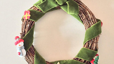 Small Wooden Christmas Wreath