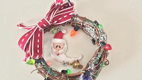 Santa Claus Christmas Wreath Ornament