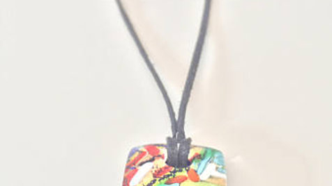 Color Design Glass Pendent Necklace