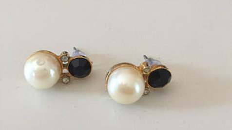 Black and Pearl Earrings