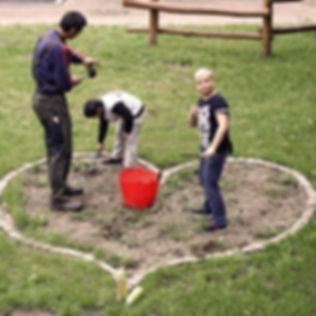 Schülerfirma_Garten_2_edited.jpg