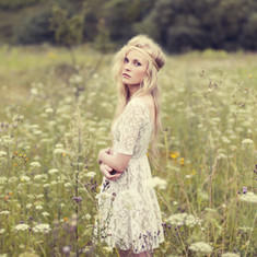 Bohemian bride - outdoor bride
