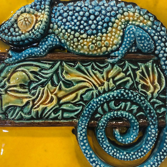 Portuguese tile. Azulejos. Сhameleon