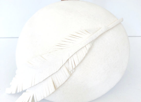 Feather Leaves Button Beret