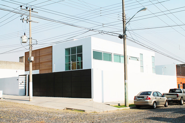 Fachada Frontal / Lateral