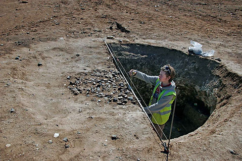 Thanet Earth: recording an Iron Age pit
