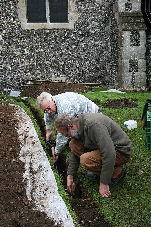 St Mary's Church, Chartham: Open Day at the excavation