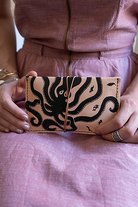 Leather pouch purse, Octopus