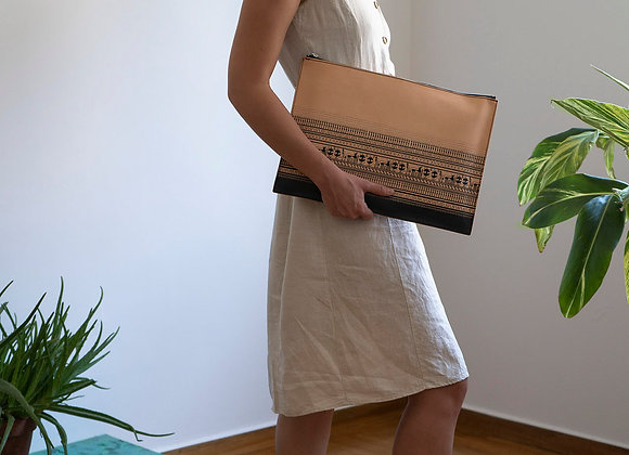 Leather clutch bag with zipper, Geometrical Period