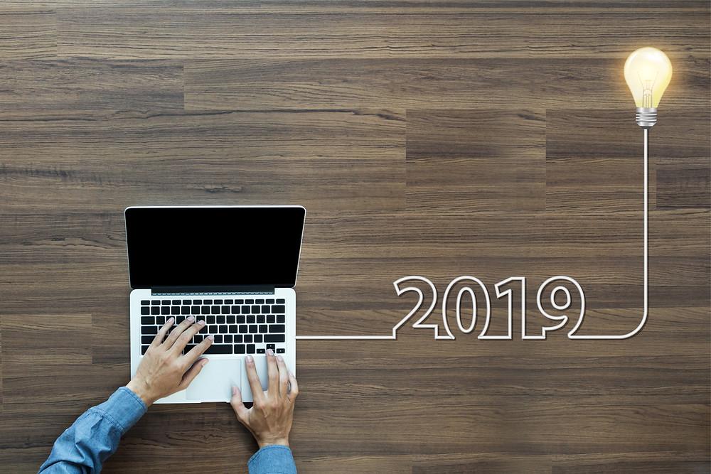 laptop social media somecon consultancy 2019 nieuw jaar deerlijk jasper dirk demeurie