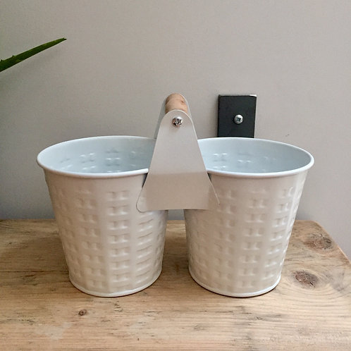 IMPERFECTION Metal Double Planter Holder