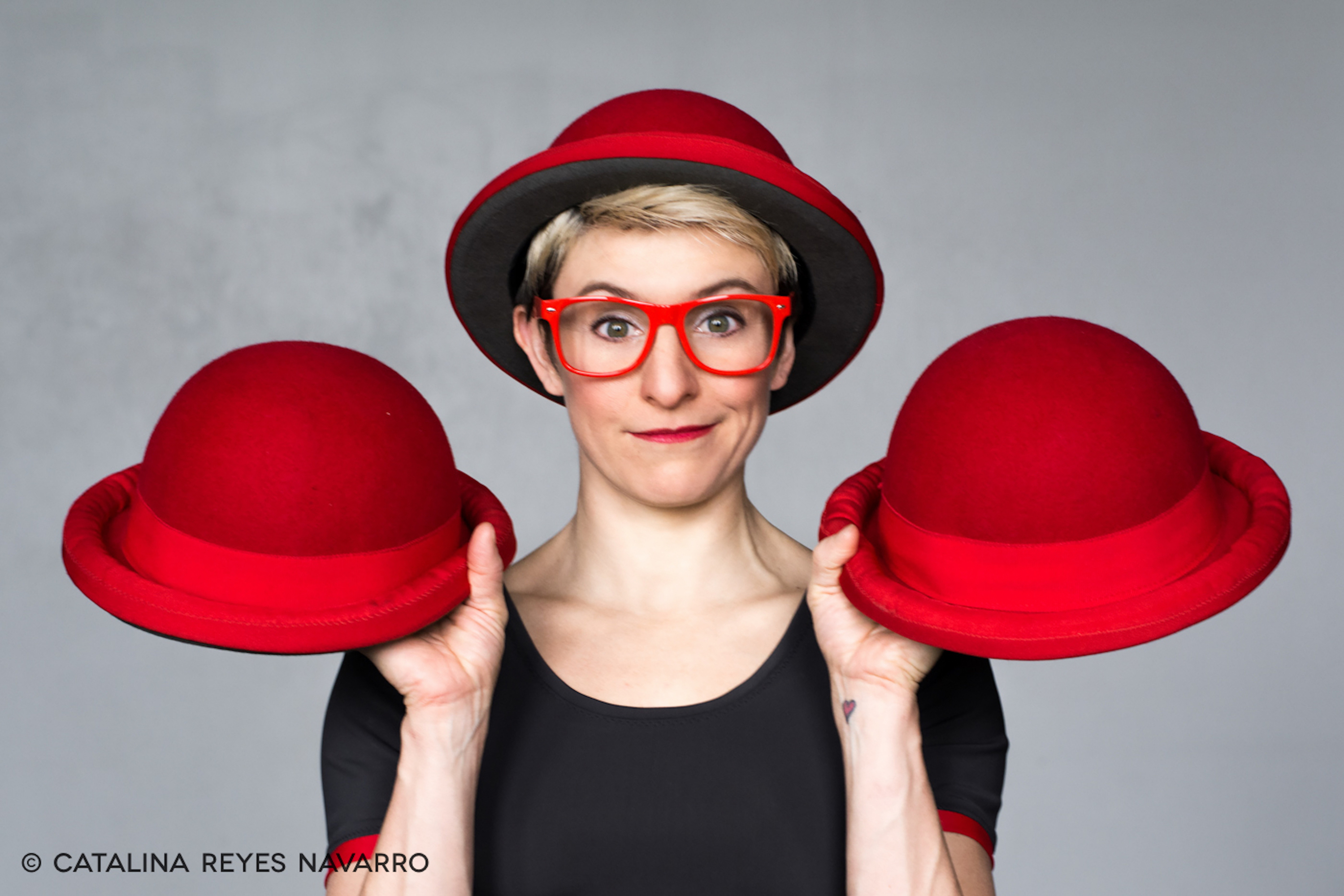 3 red hats and red glasses comedy