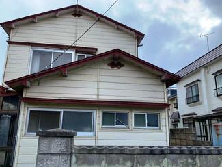床抜け雨漏りあるので修繕が必要な弘前市の空き家、年内に売却できなければ解体予定です