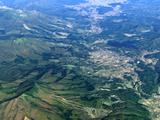 信州の別荘地内の土地、近くには温泉郷や自然豊かな高原があります