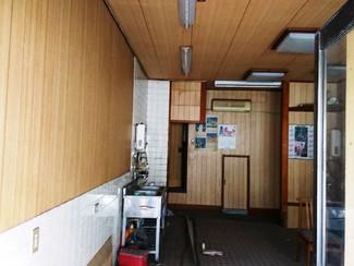 母が神戸で一人暮らししていた店舗付き住居、商売や事務所、在宅リモートワークなどへご利用ください