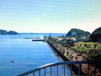 楽しんできた海沿いのリゾートマンション、山林購入のため売却します