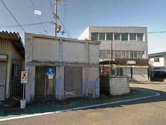 兵庫の古家、メインロードに面しています