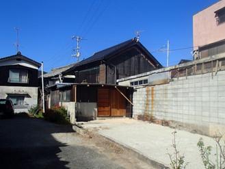 大工棟梁だった祖父が建てた、瀬戸内半島の町の空き家です