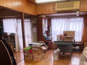 学習塾を営んでいたマンションの一室で、内装は非常にきれいです
