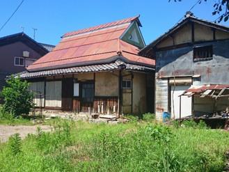 近場の田舎・琵琶湖畔の静かな集落です、家庭菜園用の畑付古民家売ります