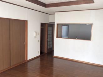 広島市の一軒家、家が少しばかり古く感じますが、お安くしています