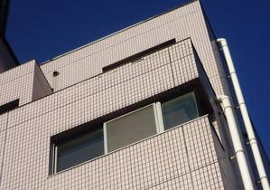 外壁は塗装とタイル貼りとどちらがメンテナンスしやすいか