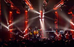 Three's Company Live