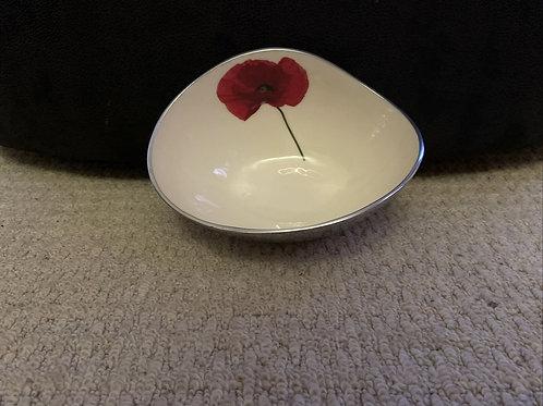 SALE Tilnar Art Medium Poppy Bowl