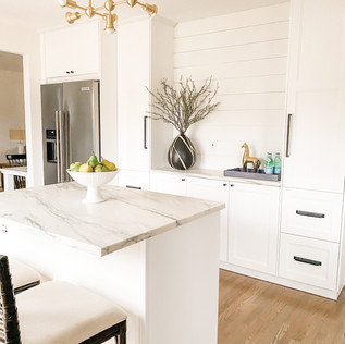 Kitchen, Flipped Property- Home Staging by Olive & Opal Interiors