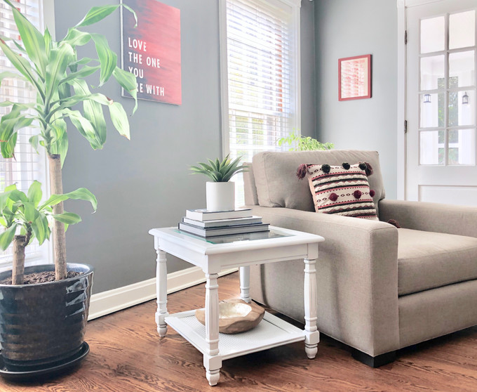Lighten Up: Furniture Re-do with white spray paint