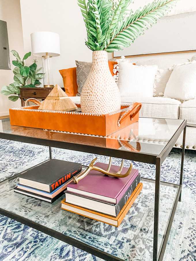 Coffee table style: 16 great trays and 8 amazing decor books!
