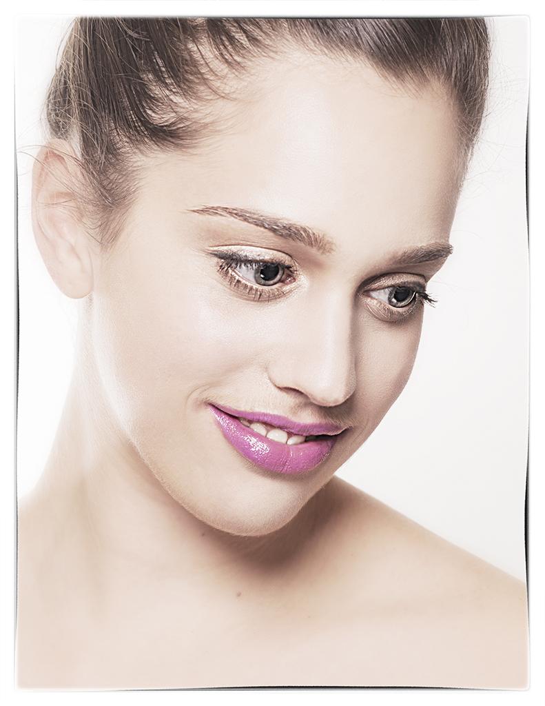 Dani Beauty Shot
