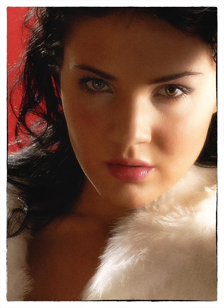 Sophia Glamour Shot 2
