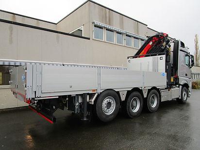 Lastebil med Kran og Plan, Kranbil