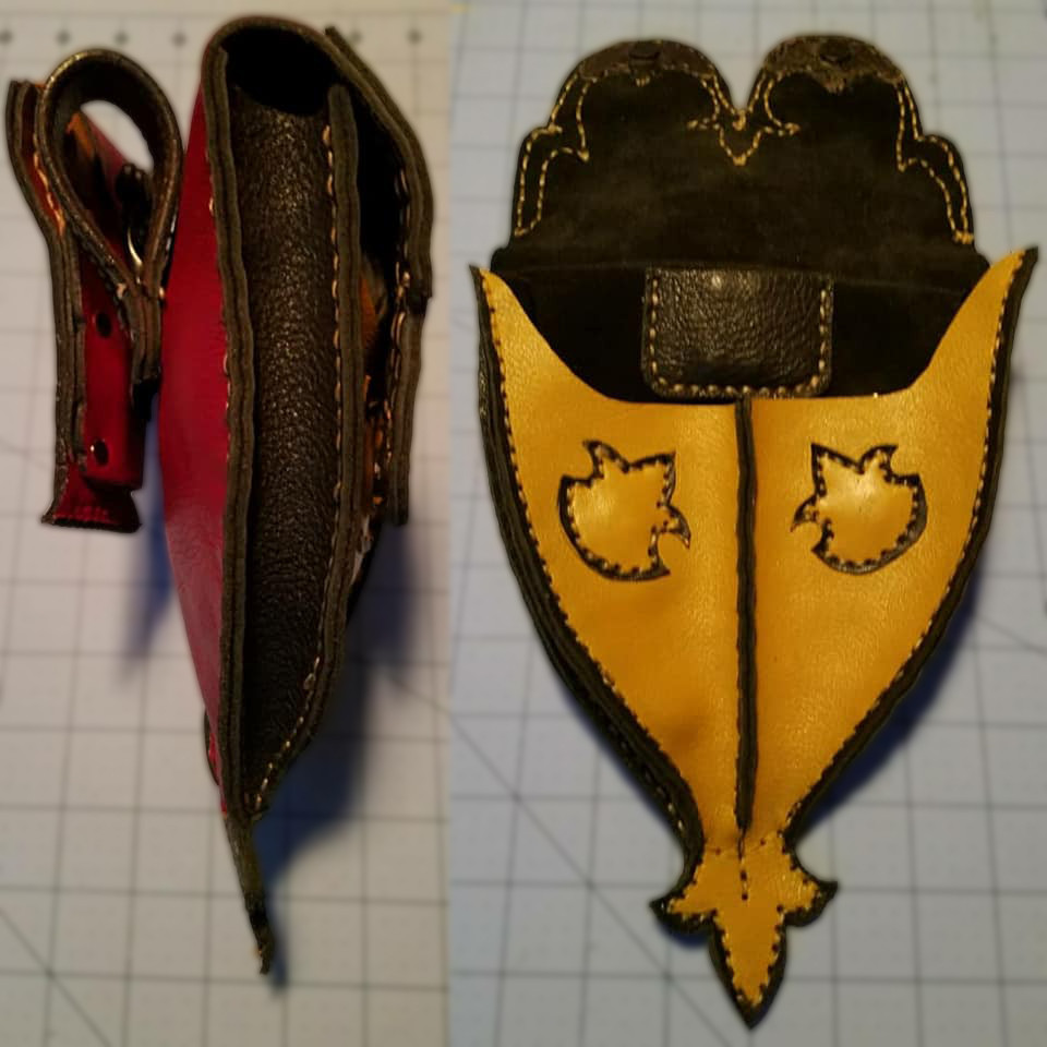 Fox Tail Pouch side and open