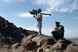a-mujahideen-fighter-aims-an-fim-92-stinger-missile-at-passing-aircraft-afghanistan-1988-2
