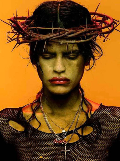 Albert Watson - Omahyra Crown with thorns