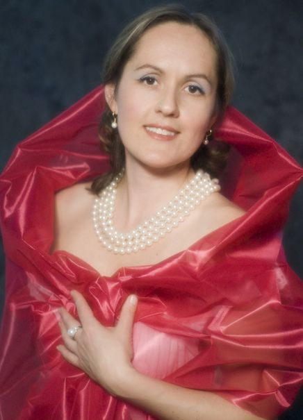 Антонина ЛЕВИНА (сопрано)